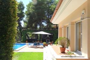 Garden Villa in Salou a-456
